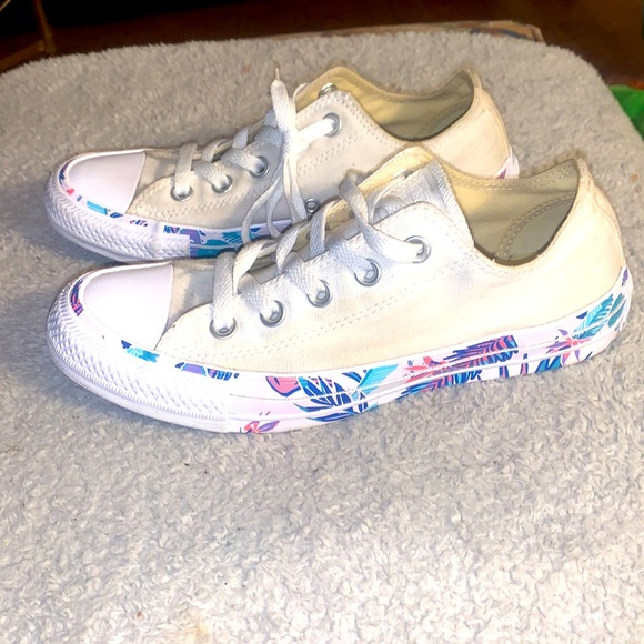 Converse, 6,White Canvas All Star With Floral Base